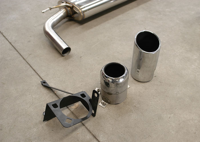 OEM enpipe and bracket VS Supersprint endpipe