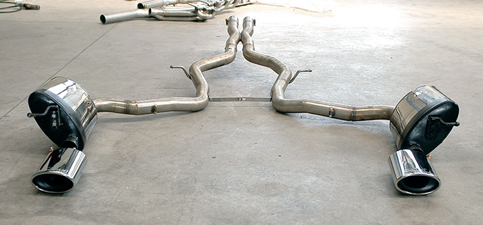 "Prototype of 844413 Central ""X-Pipe"" + 848235 Rear exhaust L. 145x95 + 848205 Rear exhaust R."