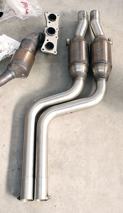 Stock manifold VS 981302 Front exhaust with metallic catalytic converter