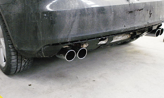 Rear exhaust left - right mockup