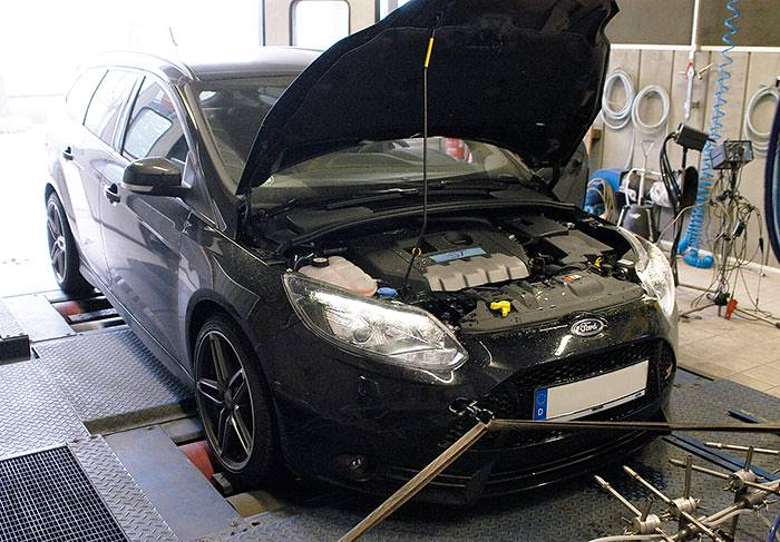 FORD FOCUS WAGON ST 2.0T (250PS) '11 –› Dyno testing