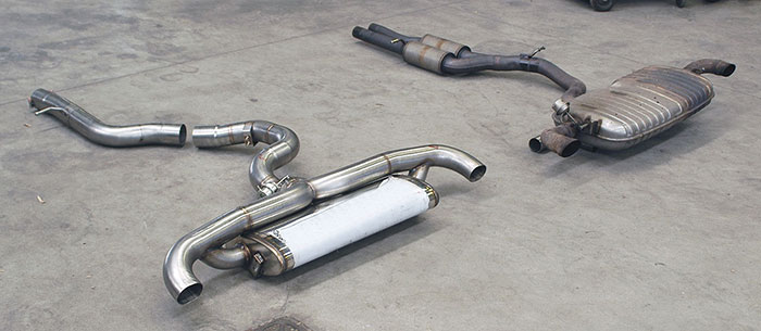 Prototype of Supersprint centre pipe + rear exhaust with bypass valve VS Stock