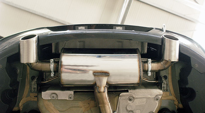Prototype of 988624 Rear exhaust right O100 - left O100