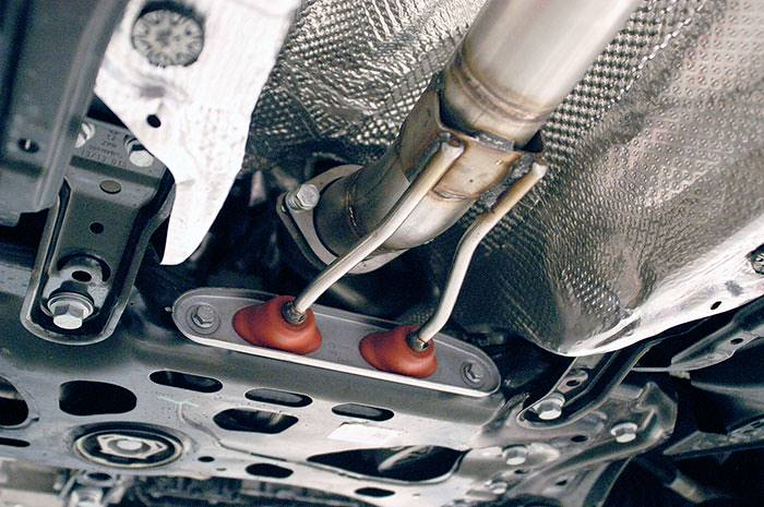 Detail of 889621 Turbo downpipe kit + metallic catalytic converter