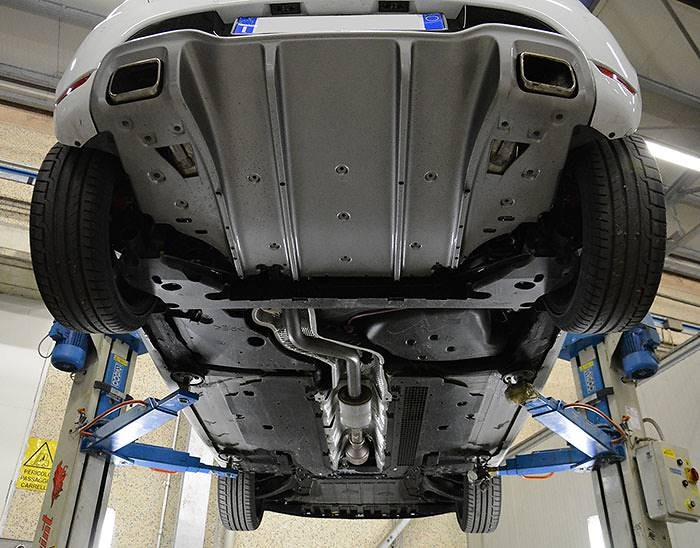 RENAULT CLIO IV 1.6T RS EDC (200 Hp) 2013 –› Stock exhaust system