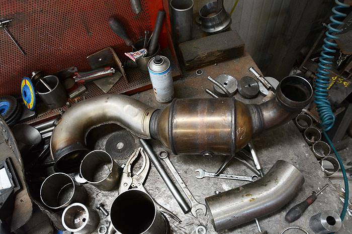 Stock downpipe