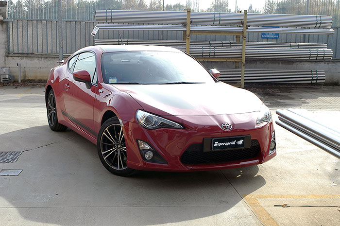TOYOTA GT86 2.0i (200 PS) 2012