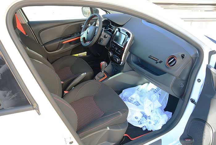 RENAULT CLIO IV 1.6T RS EDC (200 PS) 2013 –›