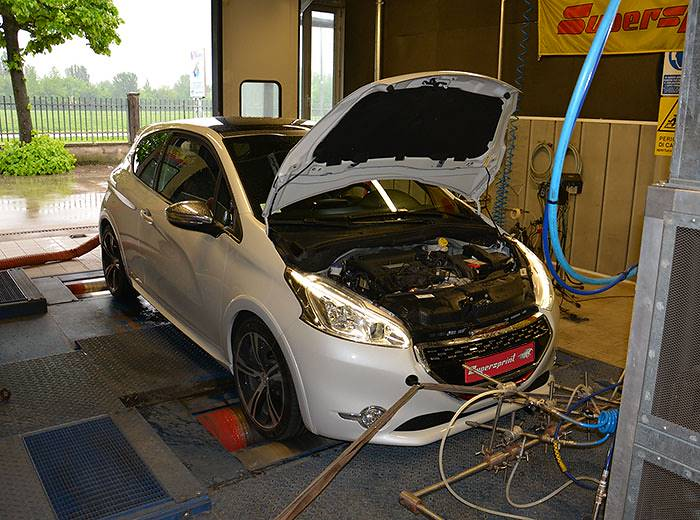 PEUGEOT 208 GTI 1.6i Turbo 16v (200 PS) –› Dyno