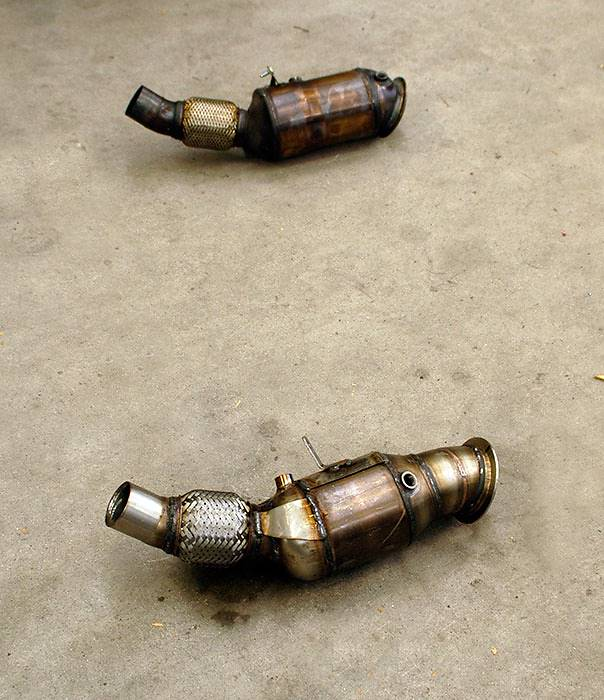 Downpipe di serie VS 987321 Downpipe kat metallico