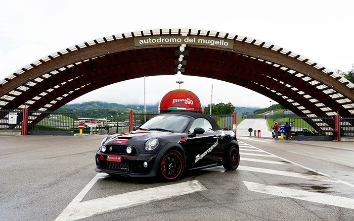 BMW MINI John Cooper Works Roadster (211 Hp) 2012