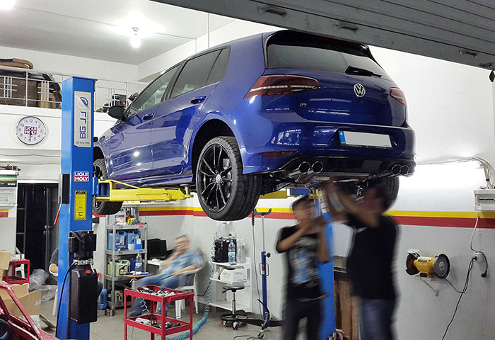 Full Supersprint sport exhaust being fitted to Golf mk7 R