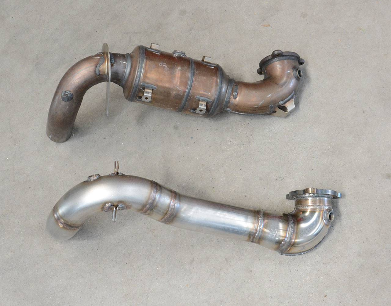 Mercedes A220 W176 4matic turbo downpipe catless / decat Supersprint 722011