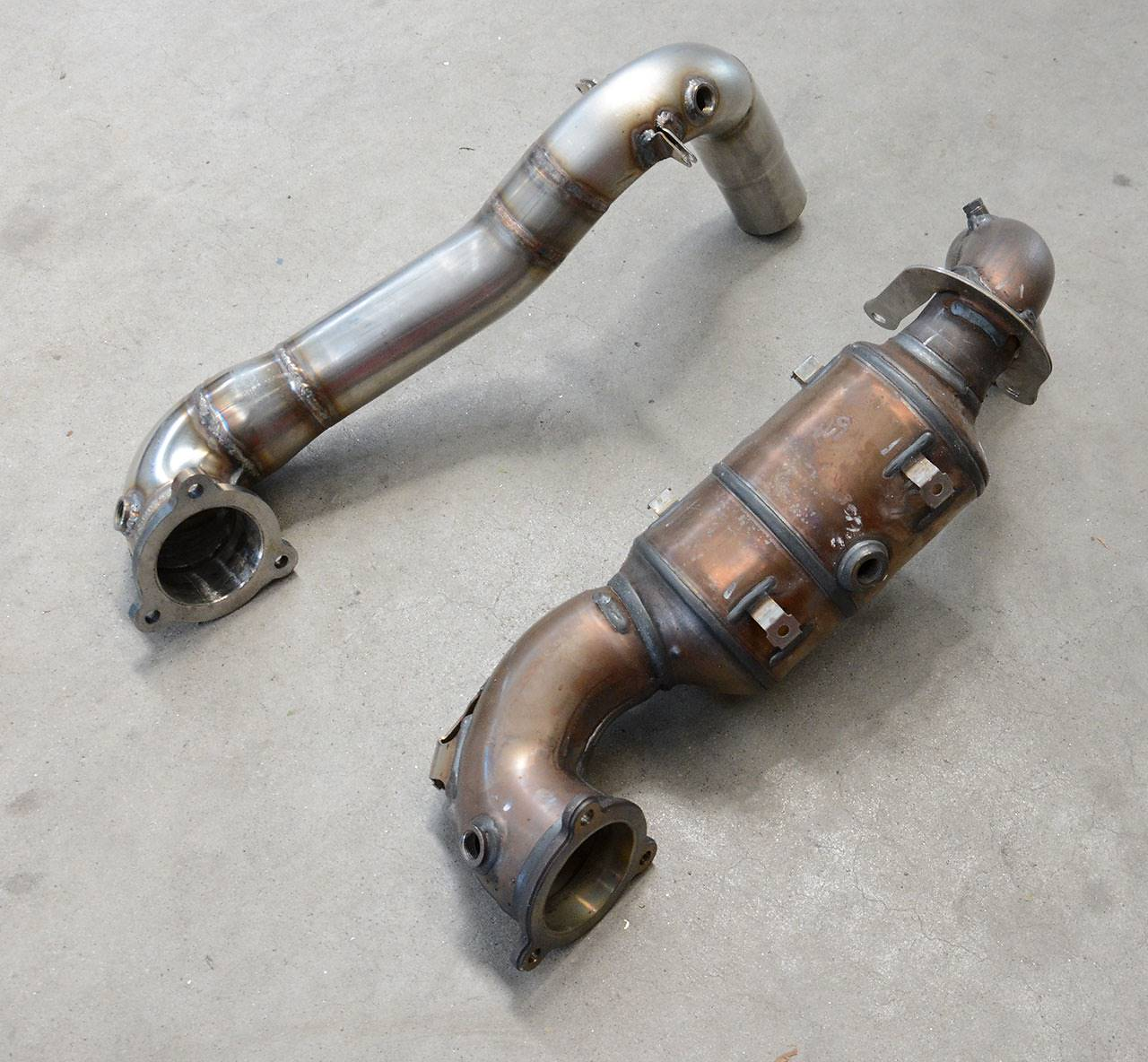 Stock Turbo downpipe VS Supersprint 722011 for OEM cat delete (decat pipe) for Mercedes W176 A220 / A250