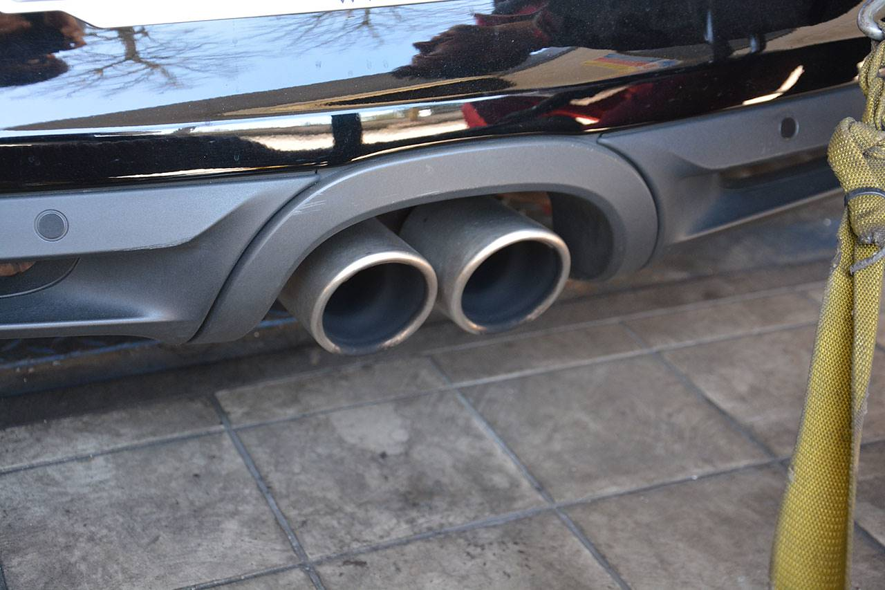Porsche 981 - OEM 90mm tailpipes