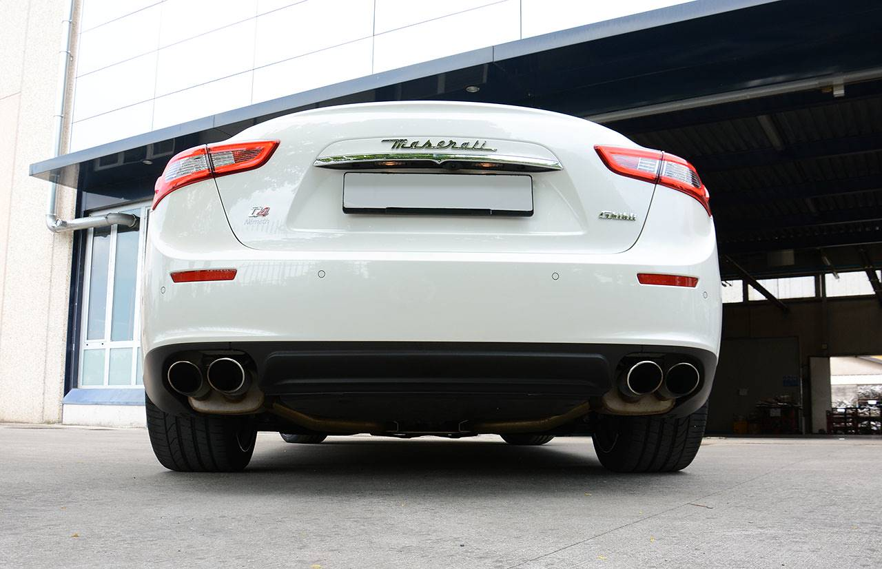 Stock exhaust Maserati Ghibli SQ4