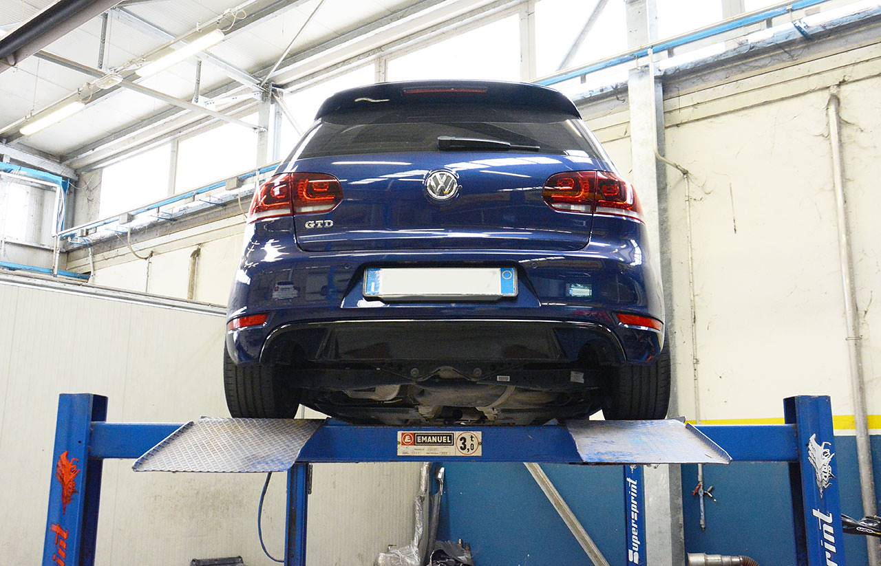 Golf mk7 GTD - full sport exhaust GTI replica Supersprint - stock exhaust removed, GTI diffuser fitted