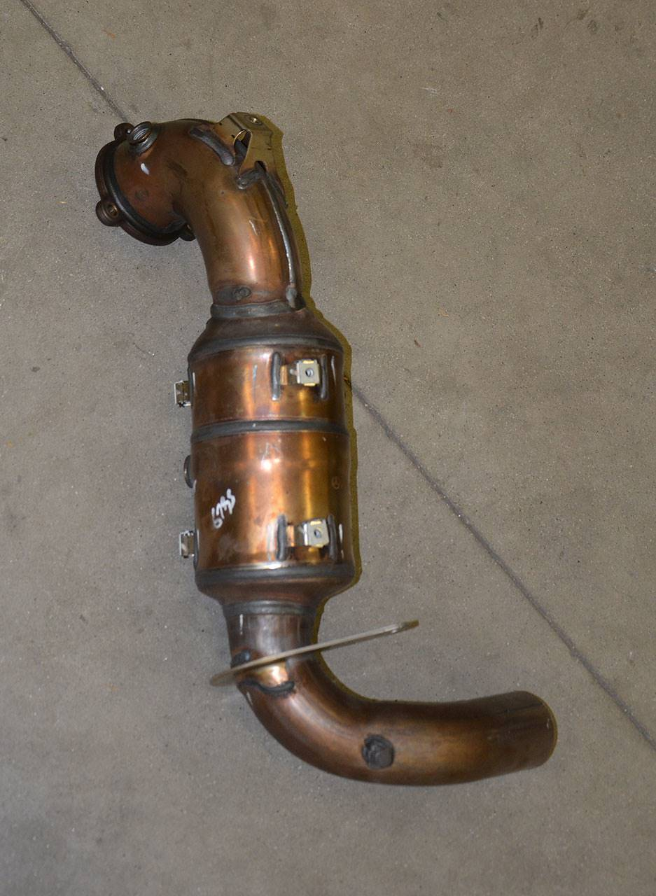 Stock Turbo downpipe with ceramic cat Mercedes W176 A250 / A220
