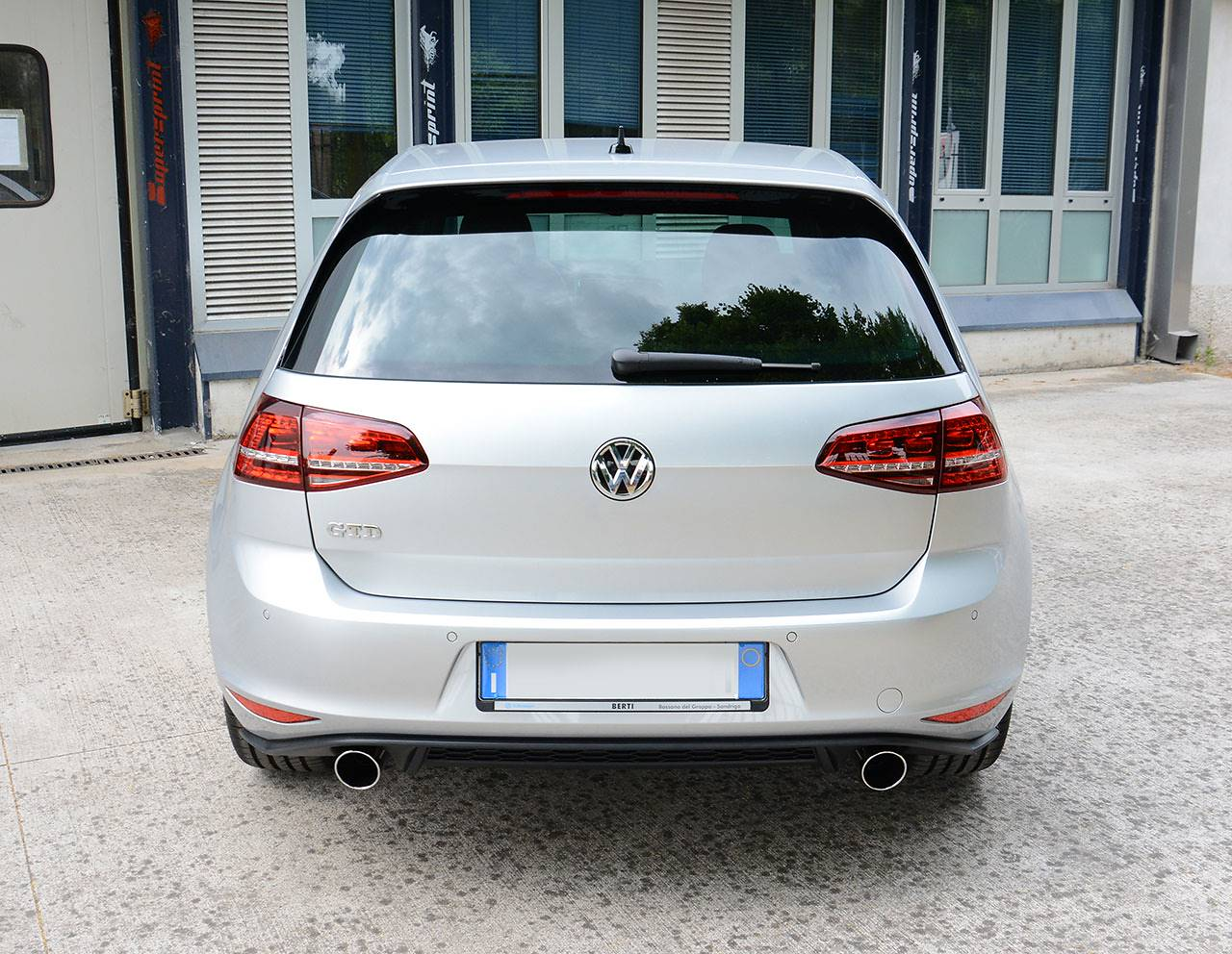 Golf mk7 GTD - Dual exhaust GTI replica Supersprint with 90mm tips
