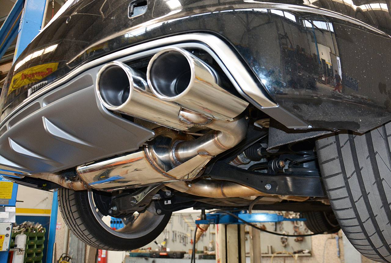 Rear muffler with bypass valve Supersprint and TT-S look tips for Audi TT Mk3 2.0 TFSI quattro installed