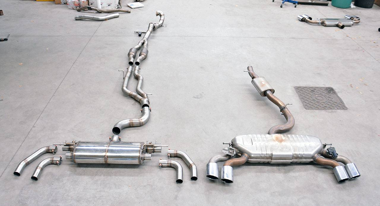 "Full exhaust ""Twin pipe design"" prototype VS stock exhaust - Audi TTS 8S Mk3"