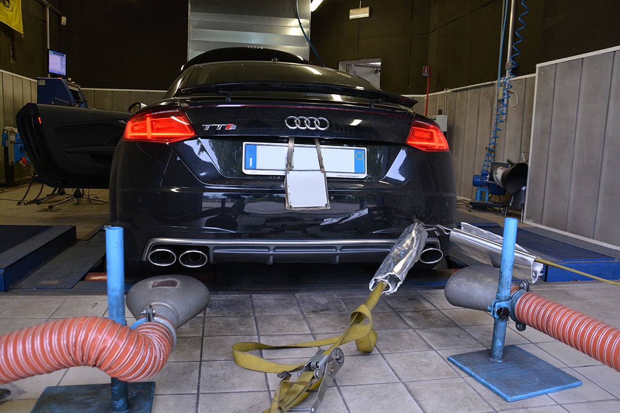 "Dyno testing of Supersprint full exhaust ""Twin pipe design"" prototype for Audi TTS 8S Mk3"