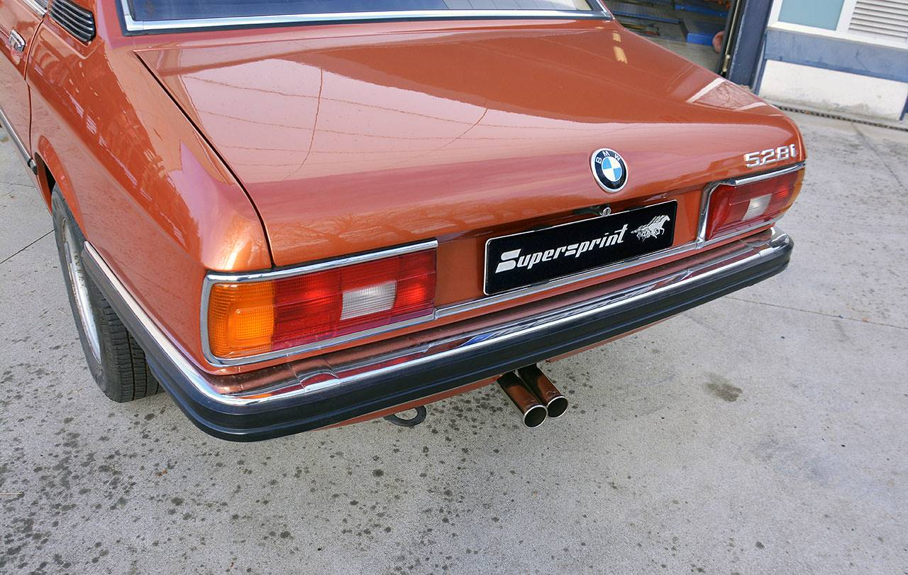 BMW E12 with Supersprint exhaust