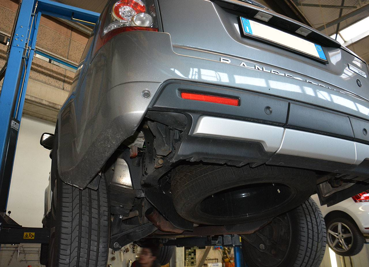 Ranger Rover Sport Supercharged mk1 510hp Autobiography - stock exhaust removed