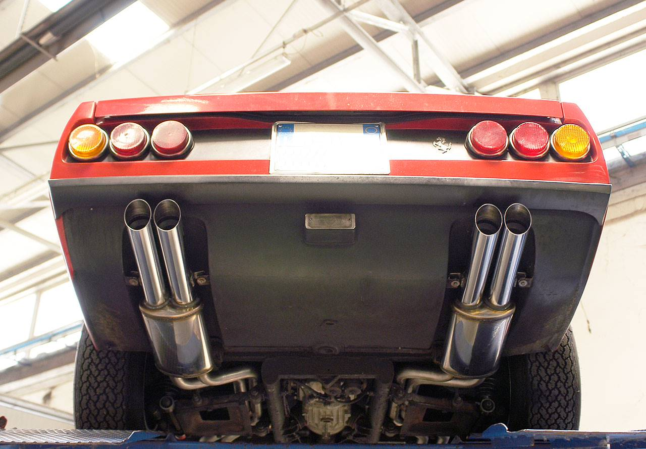 Supersprint sport exhaust composed by left rear muffler 392336, right rear muffler 392306, front exhaust + left centre exhaust 392333, front exhaust + right centre exhaust 392303 on Ferrari 365 GTC/4