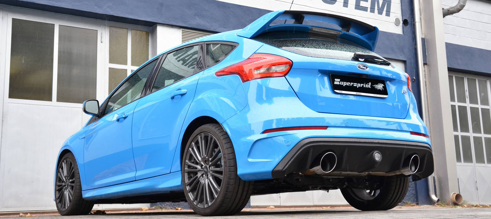 FORD FOCUS RS 2.3i Turbo 4x4 (350 Hp) sound with Supersprint full exhaust system with valve