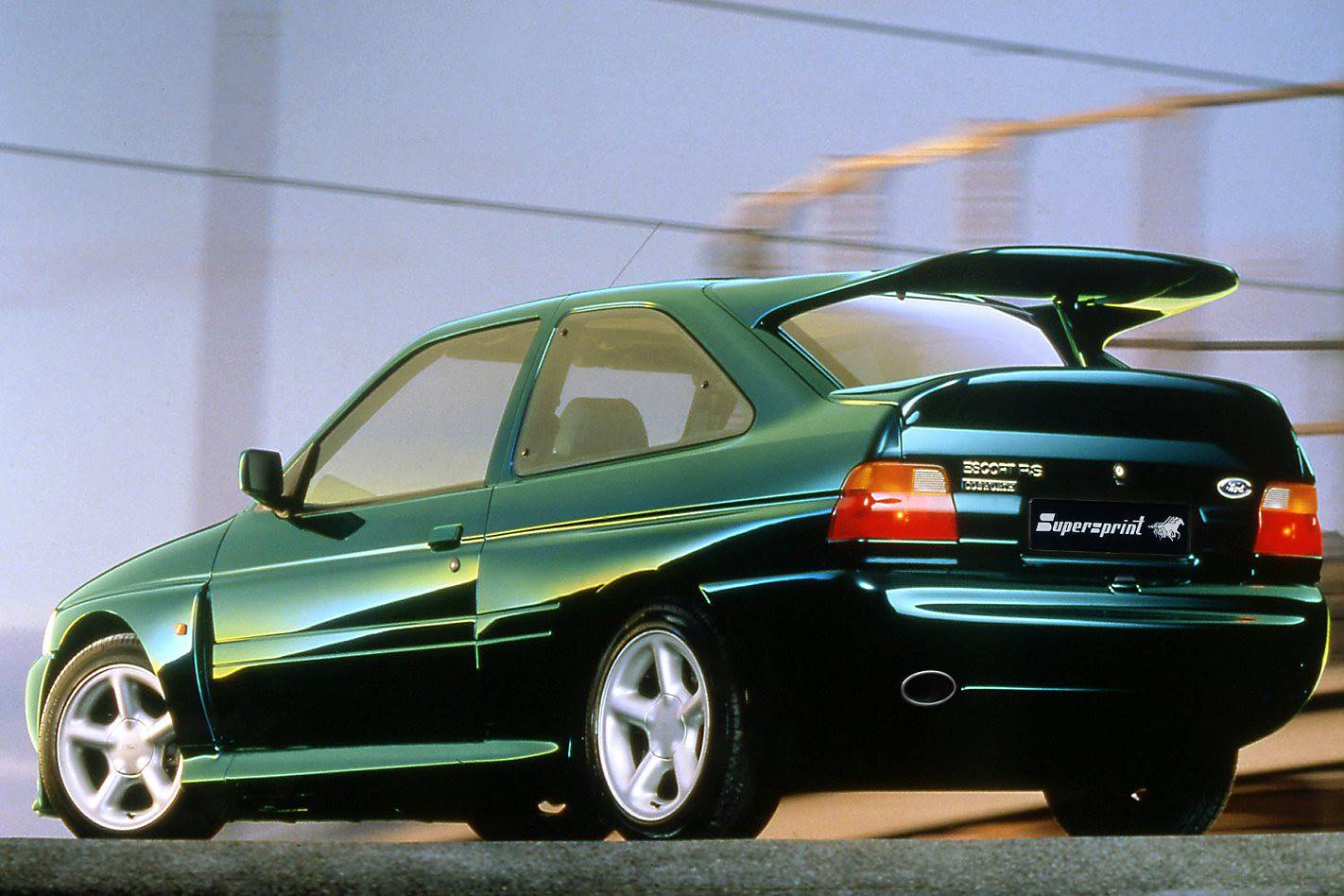 FORD ESCORT RS  COSWORTH 4x4 (220 Hp) '92 ->'96