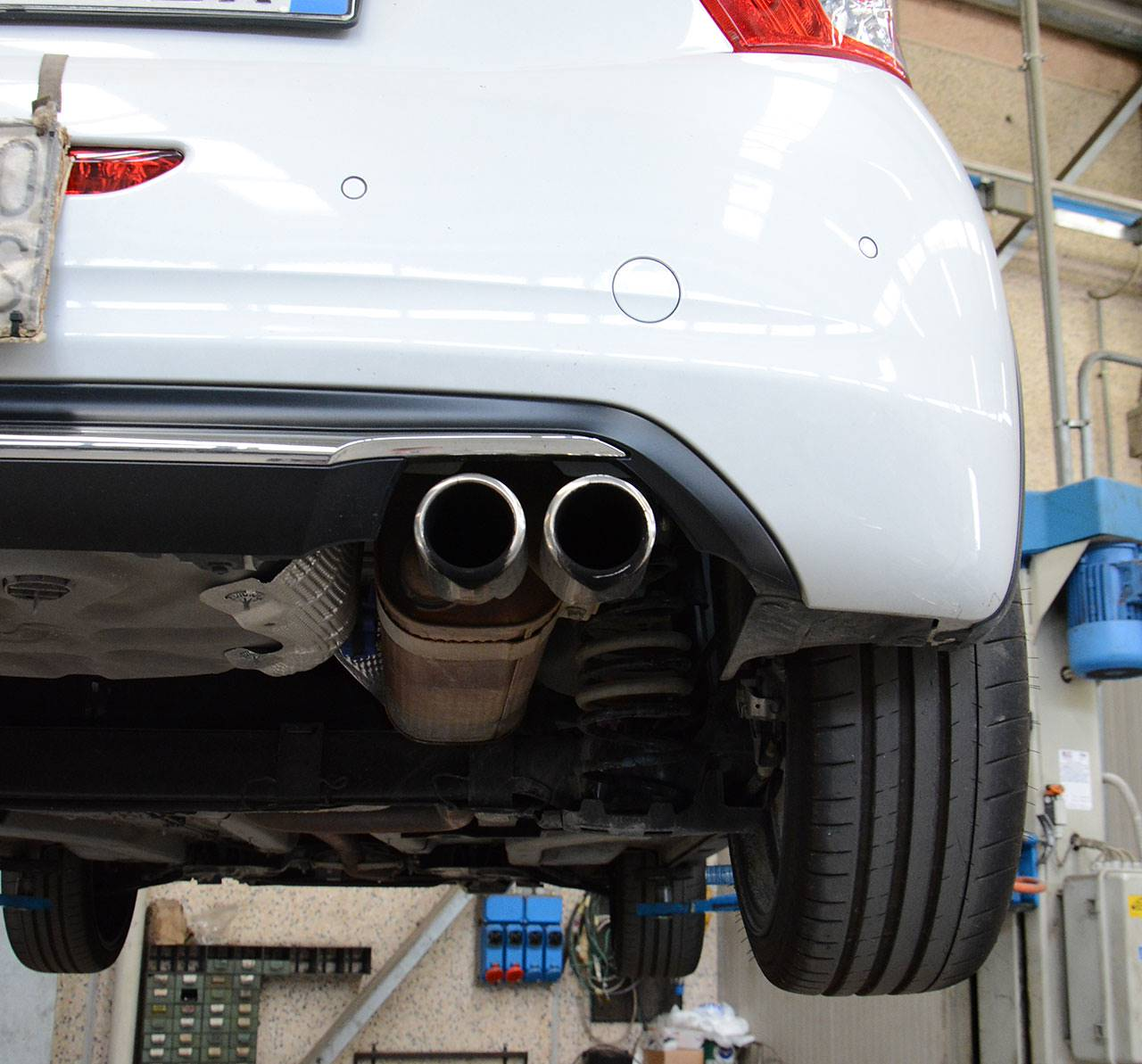 Stock exhaust Peugeot 208 GTI 30th anniversary - tips